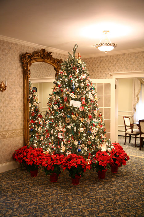 Christmas at Anderson Winfield Funeral Home